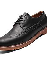 baratos -Homens Sapatos Confortáveis Couro Ecológico Outono Oxfords Preto / Cinzento / Marron