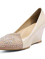 Недорогие -Жен. Комфортная обувь Эластичная ткань Весна Обувь на каблуках Туфли на танкетке Белый / Черный / Розовый