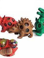 Недорогие -1pc дети щепотка виноградный динозавр gag игрушки взорвать бусины декомпрессионный рельеф виноградный шарик tyrannosaurus практические шутки случайный цвет