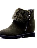 Недорогие -Жен. Комфортная обувь Замша / Кожа Осень Ботинки На плоской подошве Закрытый мыс Черный / Военно-зеленный