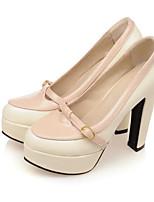 Недорогие -Жен. Комфортная обувь Полиуретан Осень Обувь на каблуках На толстом каблуке Белый / Черный