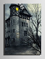 Недорогие -С картинкой Отпечатки на холсте - Домики / Halloween Modern