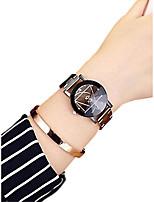 abordables -Femme Montre Bracelet Quartz 30 m Créatif Acier Inoxydable Bande Analogique Mode Noir - Blanc Noir