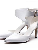 Недорогие -Жен. Комфортная обувь Наппа Leather Лето Обувь на каблуках На шпильке Белый / Черный