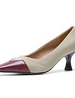 Недорогие -Жен. Комфортная обувь Наппа Leather Лето Обувь на каблуках На шпильке Черный / Миндальный