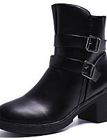 Недорогие -Жен. Fashion Boots Полиуретан Осень Минимализм Ботинки На толстом каблуке Круглый носок Сапоги до середины икры Черный / Коричневый
