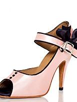 abordables -Femme Chaussures Latines Satin Talon Strass / Noeud Talon Bobine Chaussures de danse Blanc / Rose