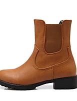 Недорогие -Жен. Комфортная обувь Полиуретан Весна Ботинки На плоской подошве Черный / Темно-коричневый