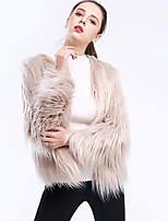 abordables -Manches Longues Fausse Fourrure Mariage / Fête / Soirée Etoles de Femme Avec Couleur Unie Manteaux / Vestes