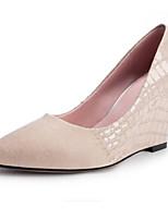 Недорогие -Жен. Комфортная обувь Синтетика Осень Обувь на каблуках Туфли на танкетке Квадратный носок Черный / Бежевый / Зеленый