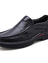 Недорогие -Муж. Официальная обувь Наппа Leather Осень Деловые / На каждый день Мокасины и Свитер Массаж Черный / Для вечеринки / ужина