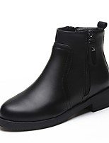 Недорогие -Жен. Fashion Boots Полиуретан Зима Ботинки На толстом каблуке Круглый носок Ботинки Черный