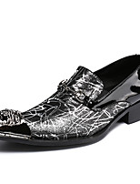 baratos -Homens Sapatos de couro Pele Napa Outono Formais Mocassins e Slip-Ons Não escorregar Preto / Festas & Noite