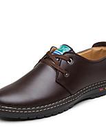 baratos -Homens Sapatos Confortáveis Couro Ecológico Outono Casual Oxfords Respirável Preto / Marron