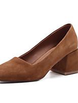 Недорогие -Жен. Комфортная обувь Замша Весна Обувь на каблуках На толстом каблуке Черный / Коричневый