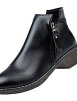 Недорогие -Жен. Fashion Boots Полиуретан Осень Минимализм Ботинки На толстом каблуке Круглый носок Ботинки Черный / Серый