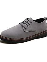 baratos -Homens Sapatos Confortáveis Couro Ecológico Outono Casual Oxfords Não escorregar Preto / Cinzento / Marron