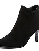 Недорогие -Жен. Fashion Boots Полиуретан Осень Минимализм Ботинки На шпильке Заостренный носок Ботинки Черный / Бежевый