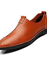 Недорогие -Муж. Официальная обувь Полиуретан Осень Деловые Мокасины и Свитер Дышащий Черный / Темно-синий / Темно-русый