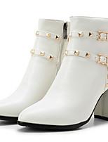 Недорогие -Жен. Fashion Boots Полиуретан Осень Ботинки На толстом каблуке Закрытый мыс Ботинки Черный / Бежевый