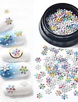 abordables -1 pcs Paillettes Classique / Design mince Série de dessin animé Flocon de Neige Manucure Manucure pédicure Noël / Quotidien Basique / Naturel