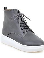 Недорогие -Жен. Комфортная обувь Полиуретан Зима Кеды Микропоры Закрытый мыс Белый / Черный / Серый