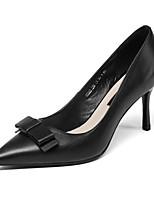 Недорогие -Жен. Комфортная обувь Наппа Leather Весна Обувь на каблуках На шпильке Белый / Черный