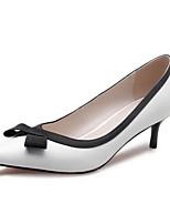 Недорогие -Жен. Комфортная обувь Наппа Leather Весна Обувь на каблуках На шпильке Белый / Черный / Миндальный