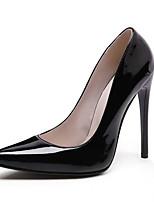 Недорогие -Жен. Комфортная обувь Полиуретан Лето Обувь на каблуках На шпильке Красный / Миндальный / Вино