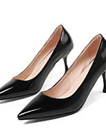 Недорогие -Жен. Комфортная обувь Полиуретан Весна Обувь на каблуках На шпильке Белый / Черный