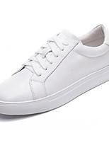 Недорогие -Жен. Комфортная обувь Наппа Leather Осень Кеды Микропоры Закрытый мыс Белый / Черный