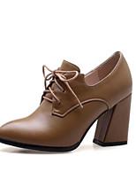 baratos -Mulheres Sapatos Confortáveis Couro Ecológico Primavera Verão Saltos Sem Salto Preto / Marron / Vermelho