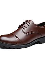 baratos -Homens Sapatos Confortáveis Couro Ecológico Outono Negócio Oxfords Respirável Preto / Marron
