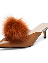 Недорогие -Жен. Комфортная обувь Наппа Leather Лето На плокой подошве На низком каблуке Черный / Коричневый / Миндальный