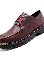 Недорогие -Муж. Комфортная обувь Полиуретан Осень На каждый день Туфли на шнуровке Нескользкий Черный / Красный