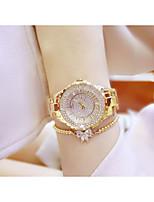 abordables -Femme Montre Bracelet Quartz Chronographe Imitation de diamant Alliage Bande Analogique Mode Argent / Doré - Or Argent / Acier Inoxydable