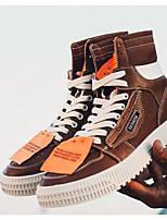 Недорогие -Муж. Комфортная обувь Микроволокно Осень Кеды Белый / Черный / Коричневый
