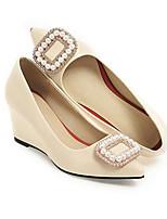 Недорогие -Жен. Комфортная обувь Полиуретан Весна Обувь на каблуках Туфли на танкетке Белый / Черный