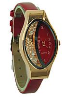 Недорогие -Жен. Дамы Наручные часы Кварцевый Творчество Повседневные часы PU Группа Аналоговый Мода Черный / Белый / Синий - Розовый Красный Синий