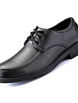Недорогие -Муж. Официальная обувь Полиуретан Осень Деловые Туфли на шнуровке Нескользкий Черный
