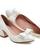 Недорогие -Жен. Комфортная обувь Полиуретан Зима Обувь на каблуках На толстом каблуке Черный / Красный / Розовый