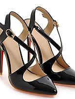 Недорогие -Жен. Комфортная обувь Микроволокно Весна Обувь на каблуках На шпильке Белый / Черный / Миндальный
