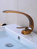 Недорогие -Смеситель для раковины в ванной комнате - светодиодный антикварный медный центральный элемент с одной ручкой