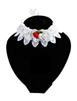 billiga -Hund / Katt Halsband / Ornament Fluga / Trumpet / Hundar & Katter Blomma / Figur / Rosett Spets / Tyg Guld / Vit / Rosa