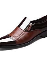 Недорогие -Муж. Официальная обувь Лакированная кожа Осень Деловые Мокасины и Свитер Дышащий Черный / Коричневый