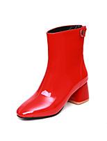 Недорогие -Жен. Полиуретан Наступила зима Минимализм Ботинки На толстом каблуке Круглый носок Ботинки Белый / Черный / Красный
