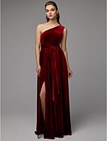 baratos -Linha A Assimétrico Longo Veludo Evento Formal Vestido com Fenda Frontal / Pregas de TS Couture®