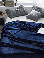 Недорогие -Коралловый флис / Супер мягкий, Рельефные Однотонный Полиэстер одеяла