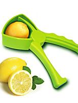 Недорогие -1шт Кухонные принадлежности пластик Творческая кухня Гаджет соковыжималка Необычные гаджеты для кухни