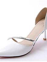Недорогие -Жен. Наппа Leather / Синтетика Лето Милая / Минимализм Обувь на каблуках На шпильке Заостренный носок Белый / Серый / Серебряный